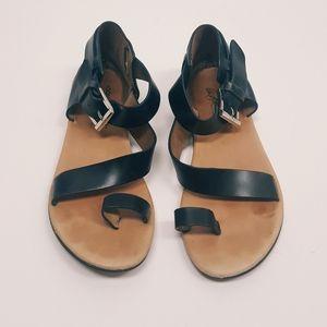Donald J Pliner leather sandals